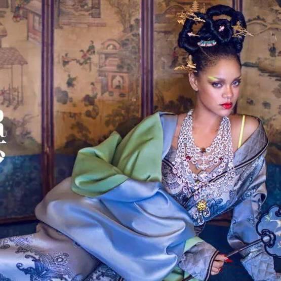 如果敦煌女神从壁画走出会穿什么?看这家中国风的秀场就知道了