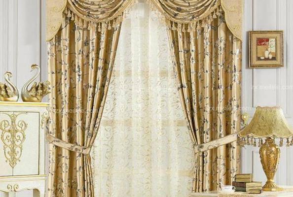 涤纶面料窗帘