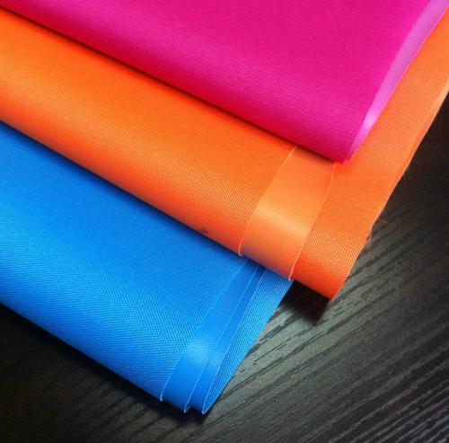 pvc布料是什么材料制成的?