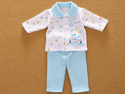 新生儿衣服用什么面料?
